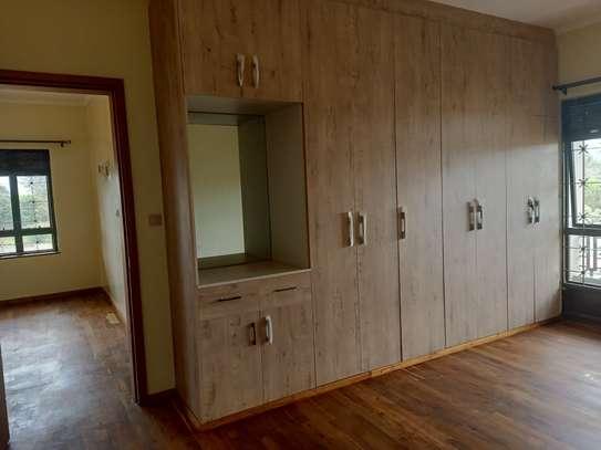 5 bedroom townhouse for rent in Runda image 8