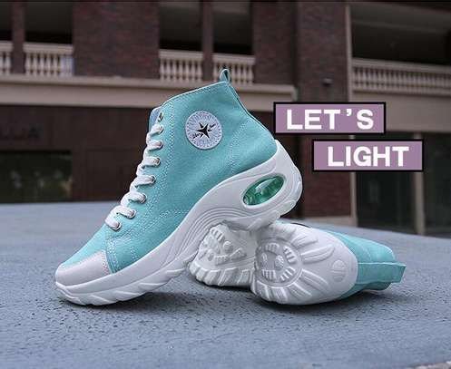 Converse sneakers image 9