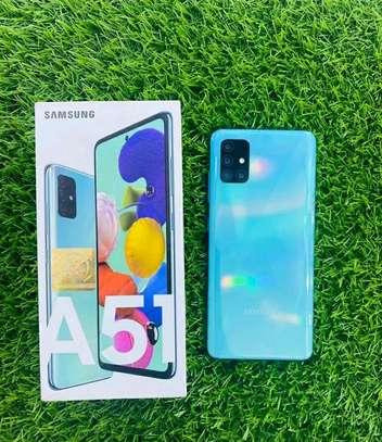 Samsung Galaxy A51 128GB Blue image 2