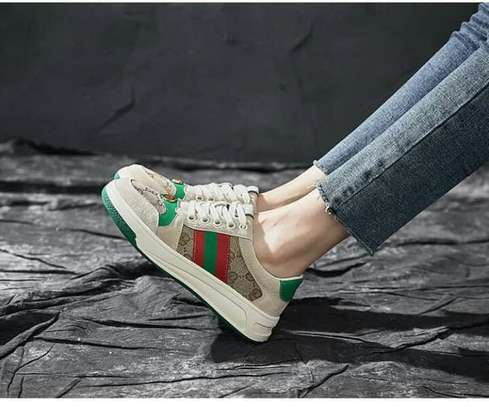 Unisex Gucci Sneakers image 4