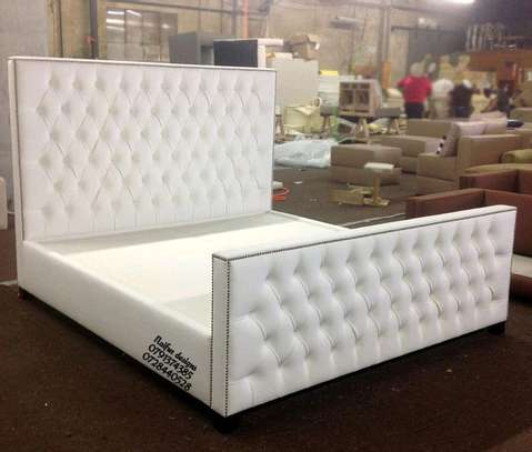 Modern white tufted beds/beds for sale/latest Beds designs in Kenya image 1