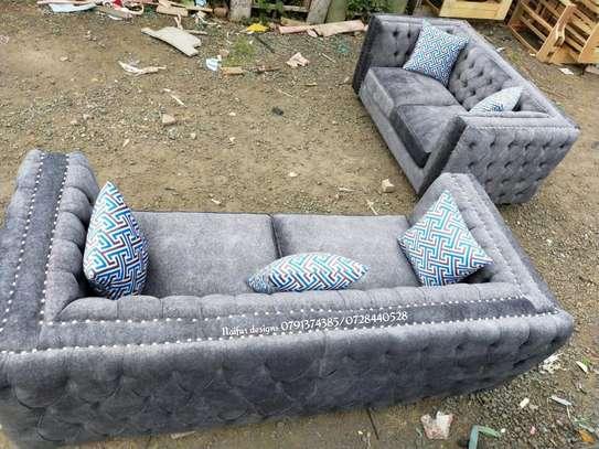 Tufted sofa/two seater sofa/modern sofasets/modern sofas/tufted sofas/sofasets image 4