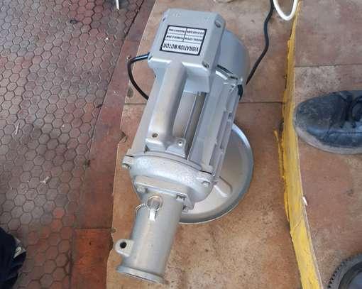 Electric poker vibrator and shaft image 1