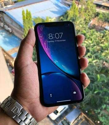 Apple Iphone Xr Black 256 Gigabytes And Iwatch image 4