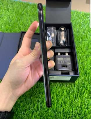 Samsung Note 8 image 3