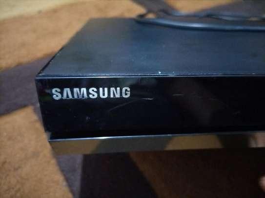 Ex uk Blu Ray DVD player model:BD-E8500m image 3