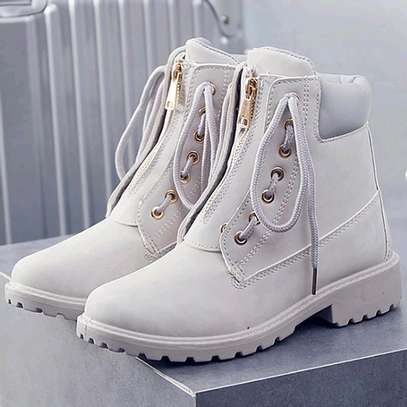 Timberland boots for ladies image 3