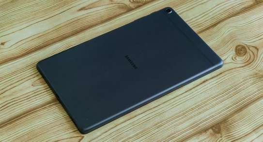 Samsung Galaxy Tab A 10.1 (2019) image 2
