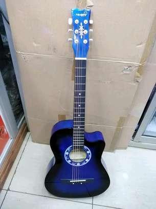 Acoustic guitar image 1