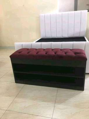 Shoe benches/ottomans image 4