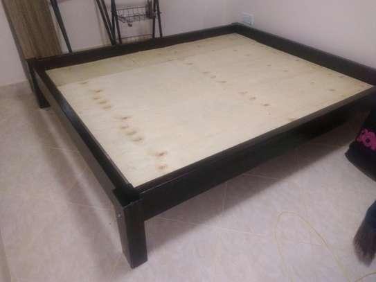 Furniture-low platform bed image 1