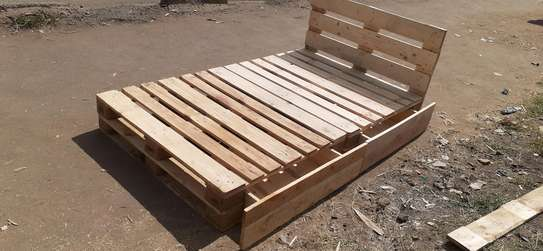 4by6 pallet bed/pallet