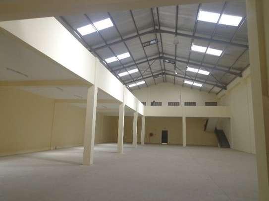 10588 ft² warehouse for rent in Embakasi Estate image 6