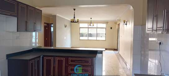 To let 3 bedroom house All ensuite image 1
