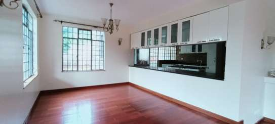5 bedroom house for rent in Thigiri image 6