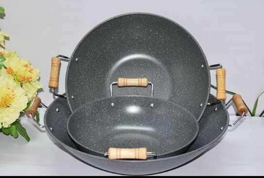 Deep frying pan wooden handle granite image 1