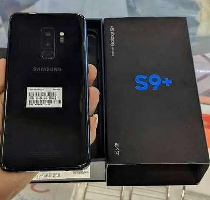 Samsung Galaxy s9 plus 256gb image 2
