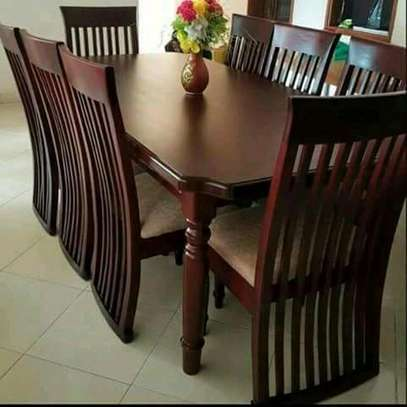 Six seater dinning set