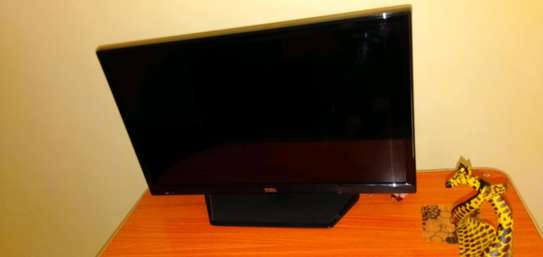 Tcl 24inch