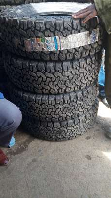 265/65R17 A/T BF Goodrich tyres image 1