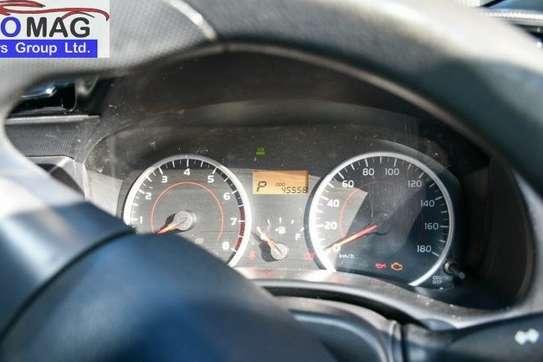 Toyota Wish image 12