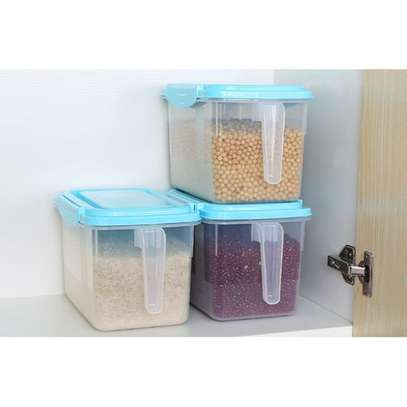 1pc Airtight Fridge Food Storage Organizers Rice & Cereal Container With Lid and Handle image 2