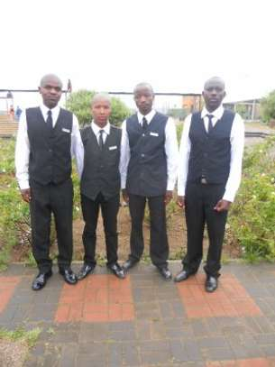Event Staff - Waiters, Bartenders, Cooks and Chefs Available for Hire image 3