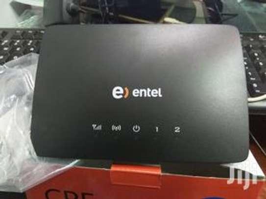 Huawei 3G Sim Card Router Universal image 1