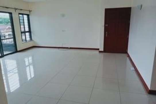 Furnished 3 bedroom apartment for rent in Rhapta Road image 11