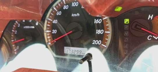 Toyota Hilux 2.5 D-4D Double Cab image 9