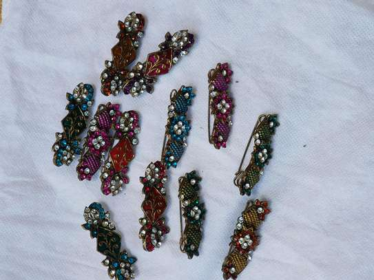 Hair clips image 3