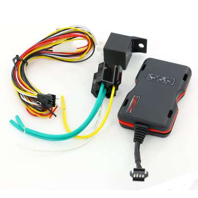 car gps tracking/ best car trackers image 1