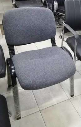 Vistor seats image 4