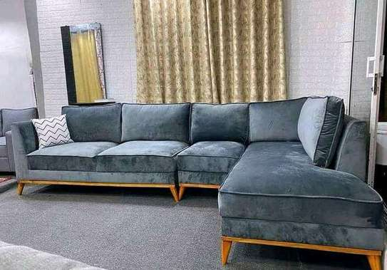 New classic 7 seater sectional couch image 1