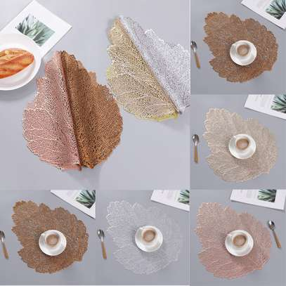Wooven table mats image 1