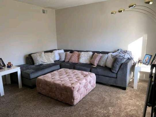 Five seater L shaped sofas for sale in Nairobi Kenya/Modern grey sofas for sale in Nairobi Kenya image 1
