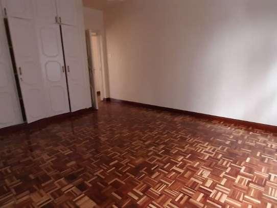 4 bedroom apartment for rent in Rhapta Road image 4