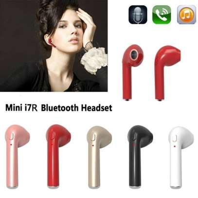 i7 i7 Twin Bluetooth Wireless Music Airpods Stereo Earphone with Mic - White image 1