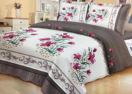 bed covers white with red flowers image 1