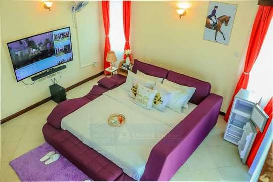 Furnished 5 bedroom villa for rent in Nyali Area image 2