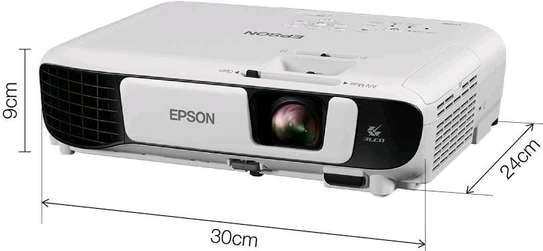 Epson EB-X41 3LCD, 3600 Lumens, 300 Inch Display, XGA Projector - White image 6
