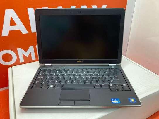 Dell Latitude E6220 Core i5 4GB Ram 320GB HDD 2.5GHz image 2