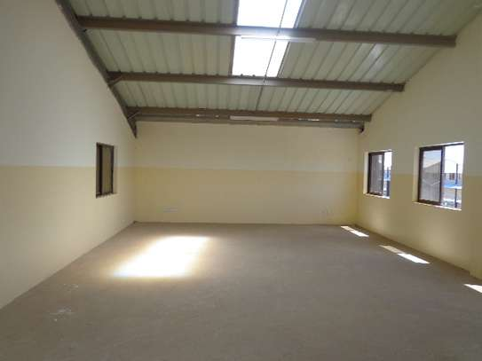 8000 ft² warehouse for rent in Athi River Area image 12