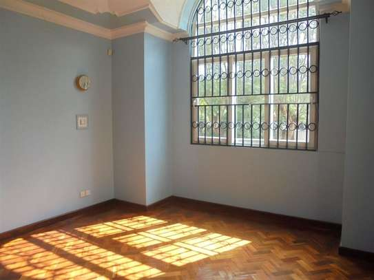 4 bedroom house for rent in Thigiri image 14