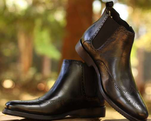 Italian Official Boots and Chelsea Boots image 4