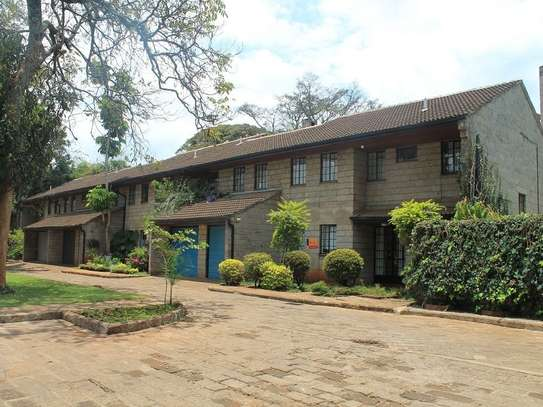 4 bedroom townhouse for rent in Muthaiga Area image 1