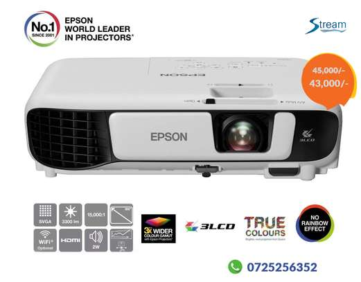 Epson wireless HDMI 3LCD projector