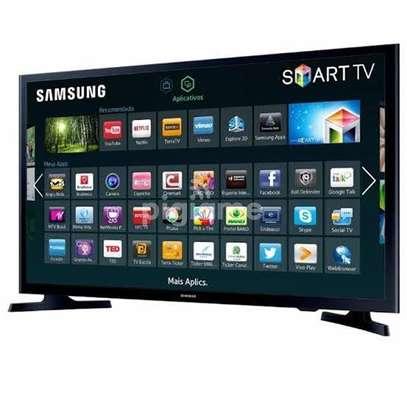 Samsung 32 inches Smart Digital TVs image 1