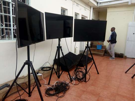 TV Smart screens for Hire image 2