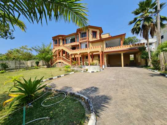 4 bedroom house for rent in Nyali Area image 4
